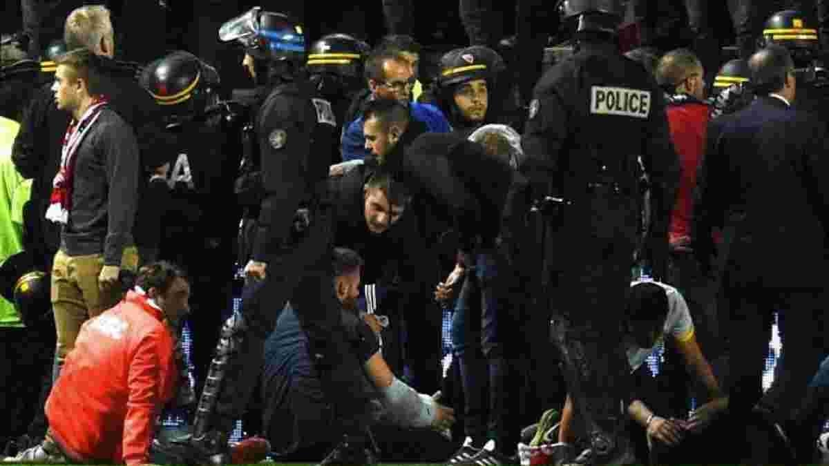 Ам'єн – Лілль: матч скасовано через обвалення загорожі на трибунах, 23 фанати поранені