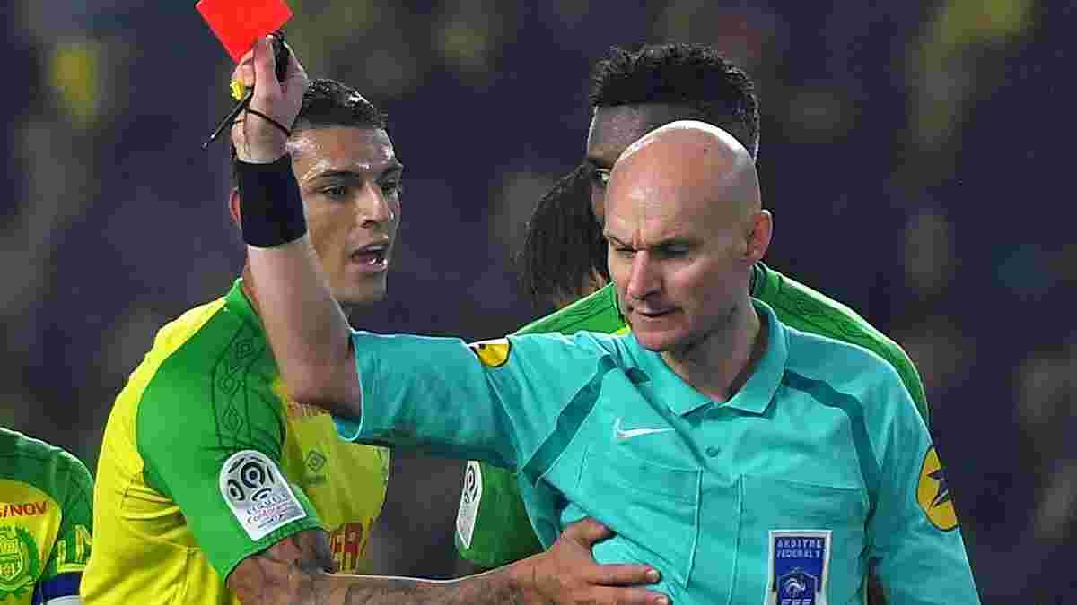 Арбитр Шапрон дисквалифицирован из-за скандального удаления Диего Карлоса в матче Нант – ПСЖ