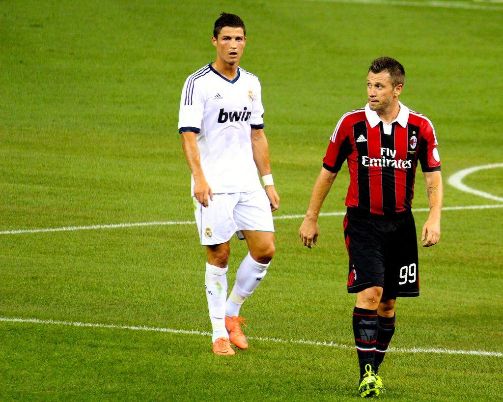 Кассано вже грав проти Роналду