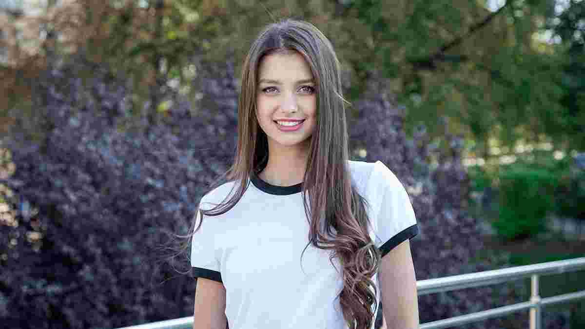 Як Мудрик вчив Міс Україна жонглювати – відео дня