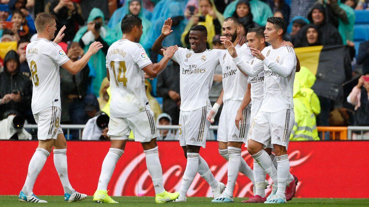 Реал едва не упустил победу над Леванте в дебютном матче Азара – Бензема оформил дубль