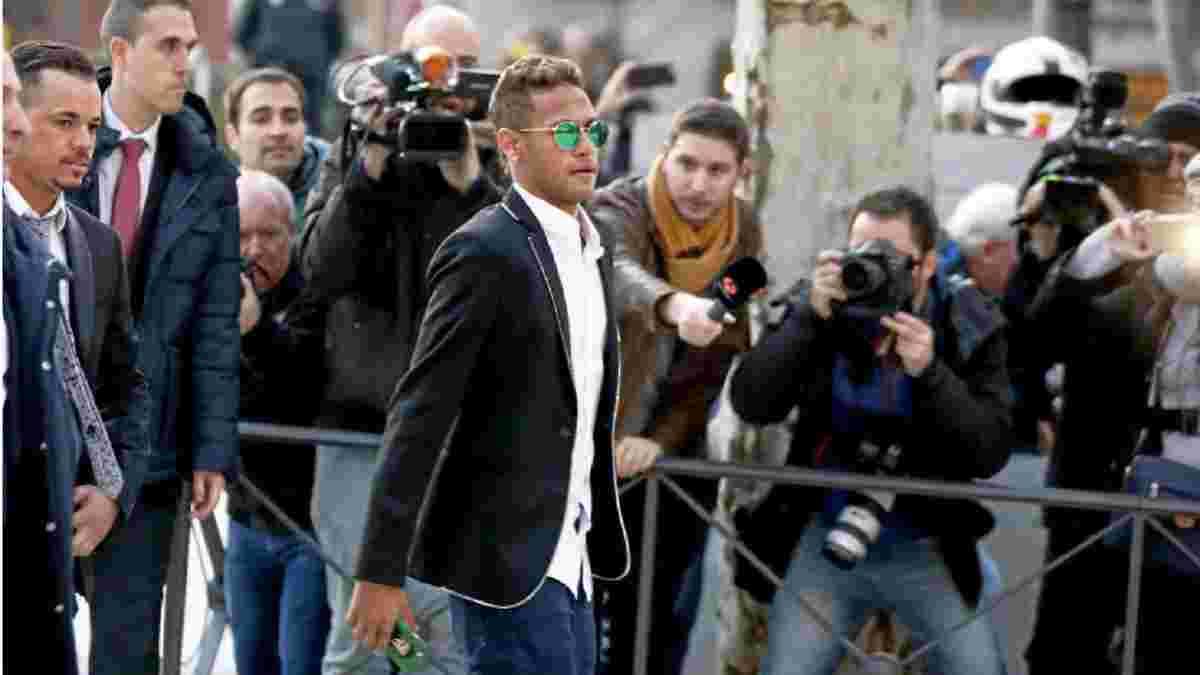 Неймар повернувся в Барселону – бразилець судиться з колишнім клубом через невиплату бонусів