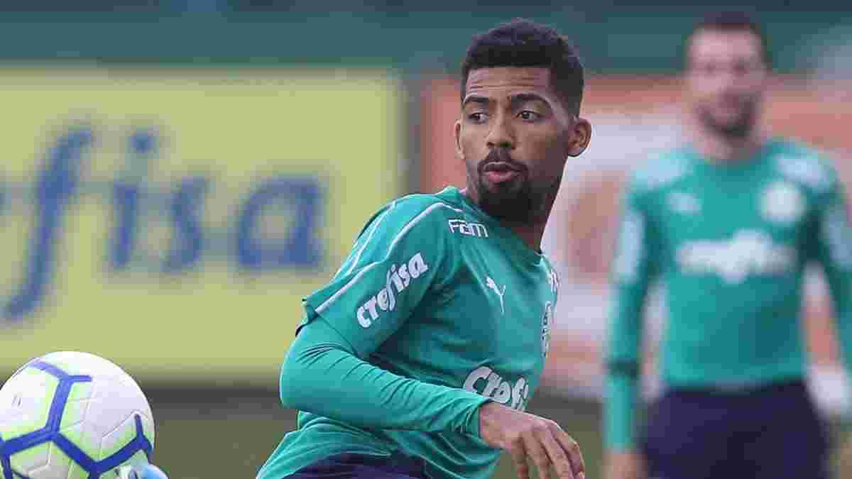 Барселона заинтересовалась молодым талантом Палмейраса