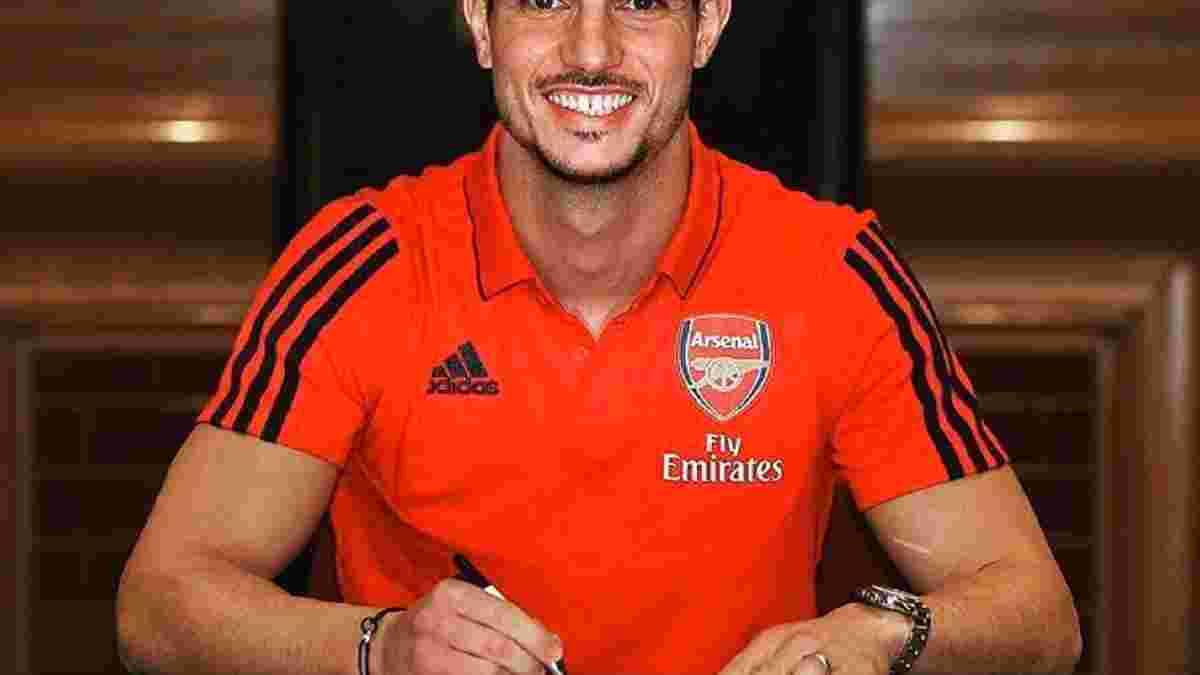 Арсенал официально подписал Соареша