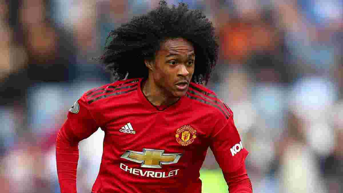 Манчестер Юнайтед продлил контракт с нидерландским форвардом