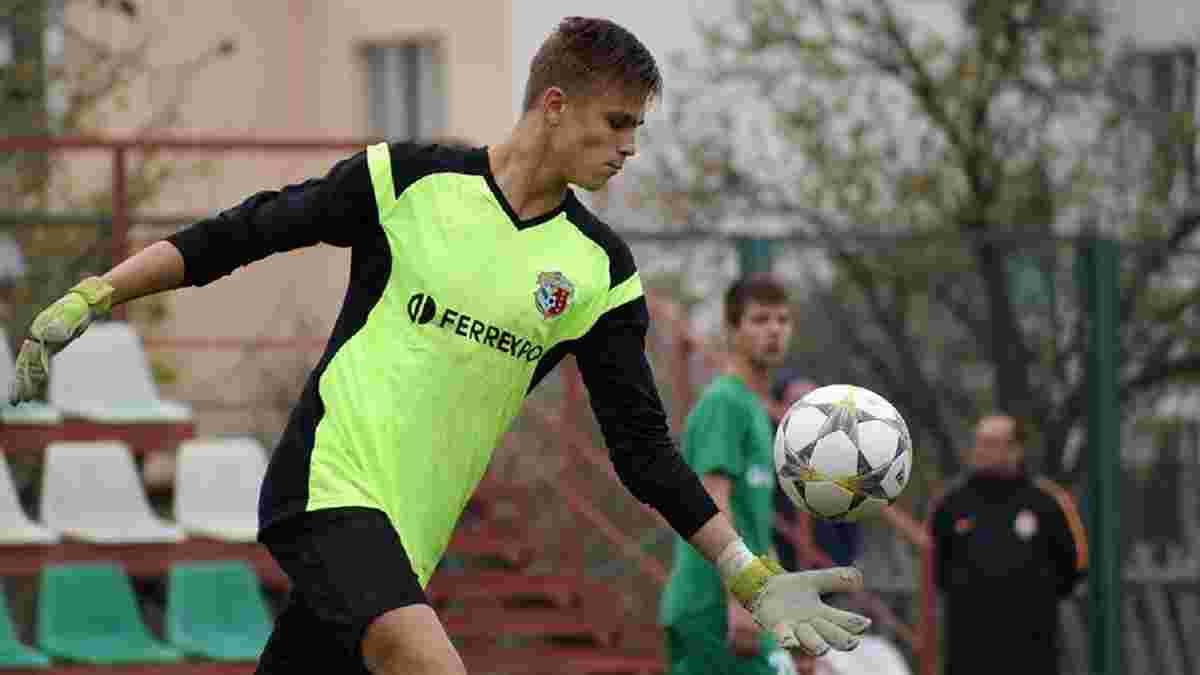 Максимов – про Ісенка: Молодець, але тепер він знову третій воротар