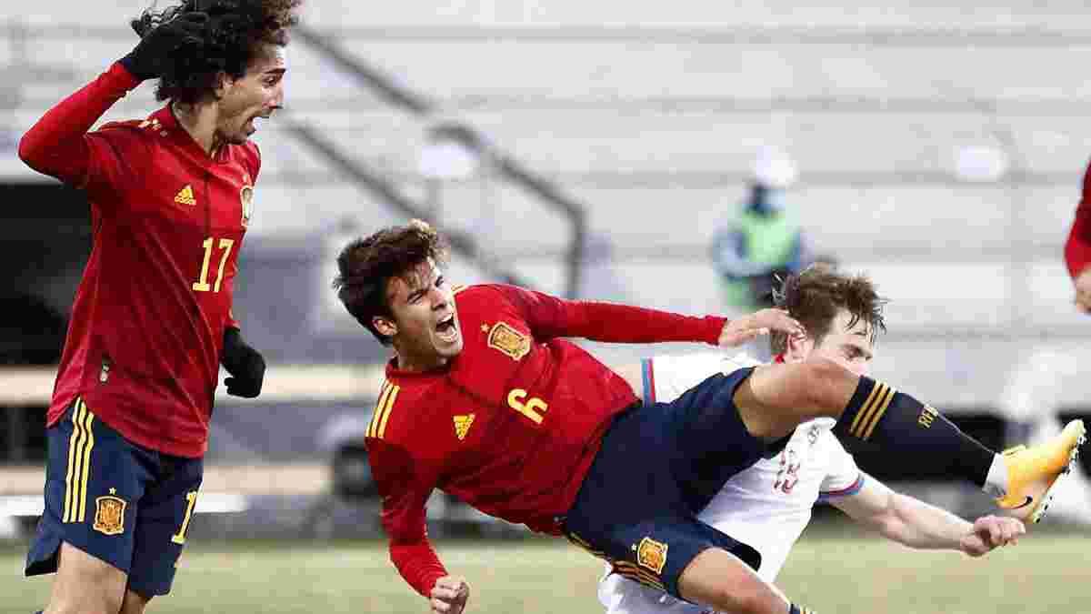 Экс-защитник Барселоны получил дебютный вызов в сборную Испании