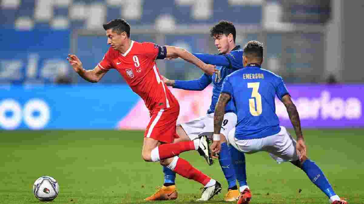 """""""Он даже не извинился"""": Левандовски ударил локтем дебютанта сборной Италии, но тот уничтожил поляка на поле"""