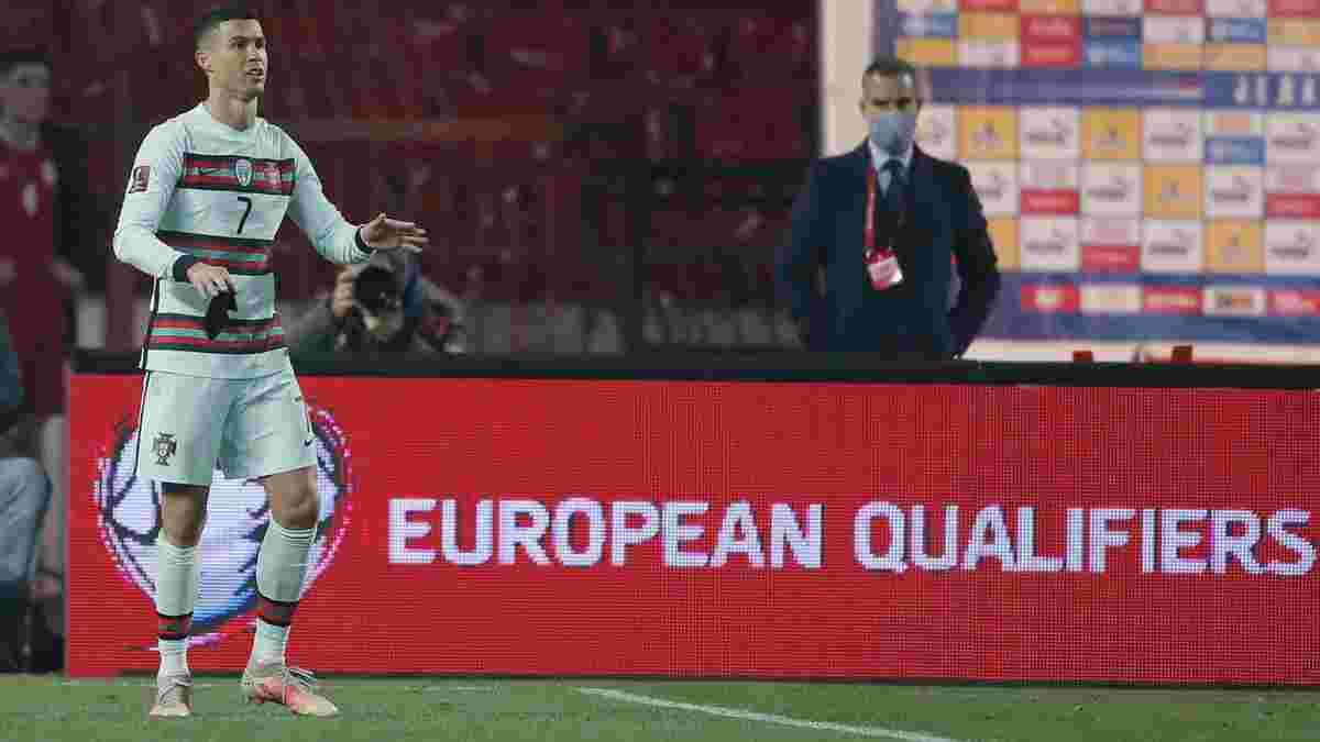 """Скандальний """"гол"""" Роналду у відеоогляді матчу Сербія – Португалія – 2:2"""