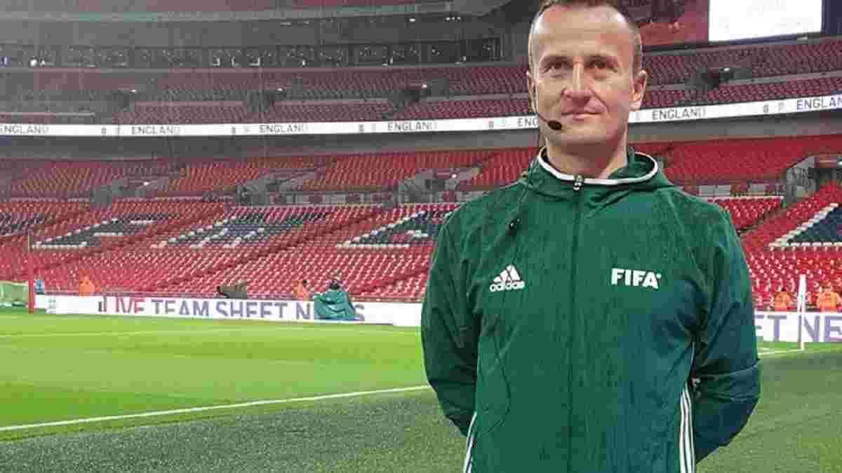 УЄФА розкритикував арбітра, який взяв автограф у Холанда для благодійного проекту