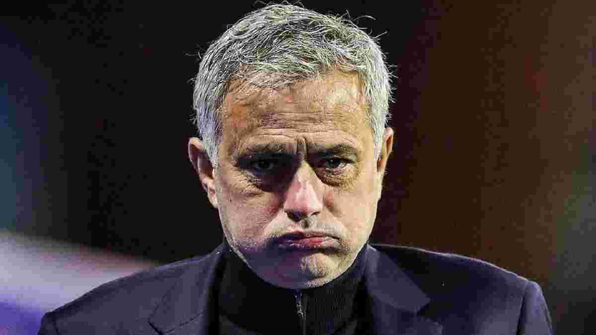 Моуринью официально уволен с поста главного тренера Тоттенхэма