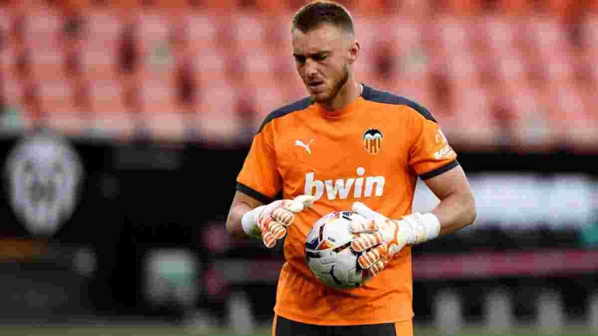 Силлессен сдал положительный тест на COVID-19 перед Евро-2020 – вратарь сборной Нидерландов может не сыграть с Украиной