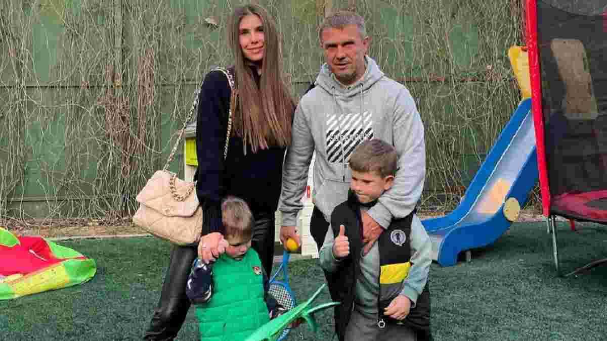 Жена Реброва подтвердила, что АЕК сделал предложение – у нее лишь одно пожелание к месту работы специалиста