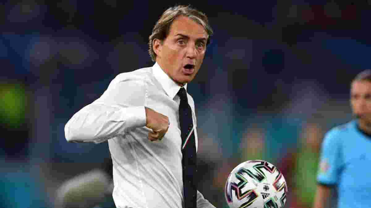 Італія – Уельс: Манчіні вразив своєю технікою під час матчу – майстер-клас від  56-річного тренера