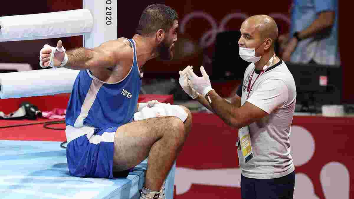 """Показывал """"факи"""" и отказался покидать ринг: уроженец России устроил позорное шоу на Олимпиаде"""