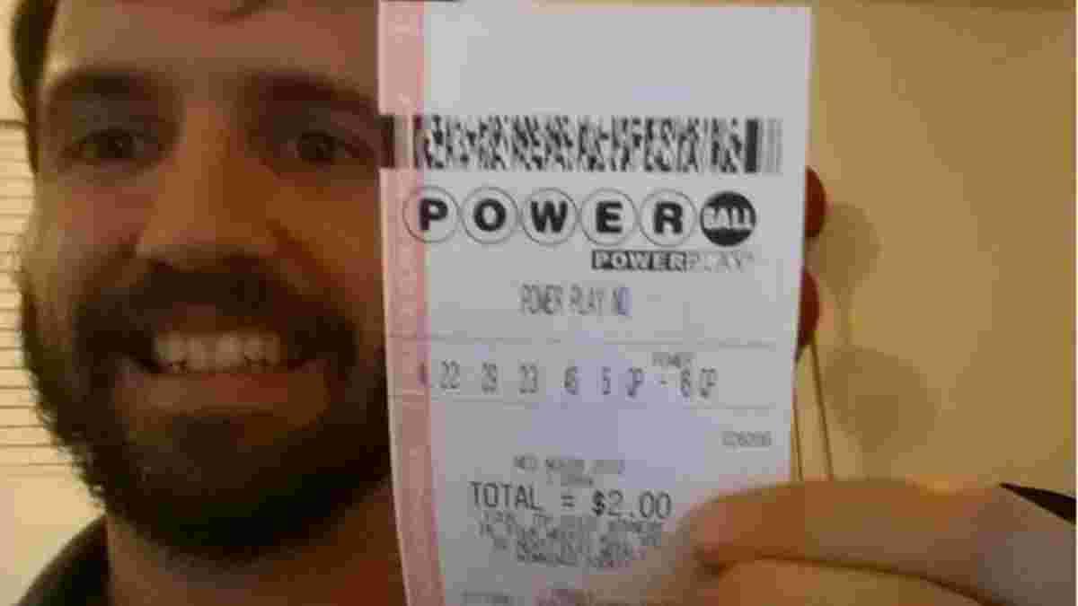 Жизнь миллионера: жизнь, которая ждет украинцев, выигравших 290 миллионов долларов в Powerball