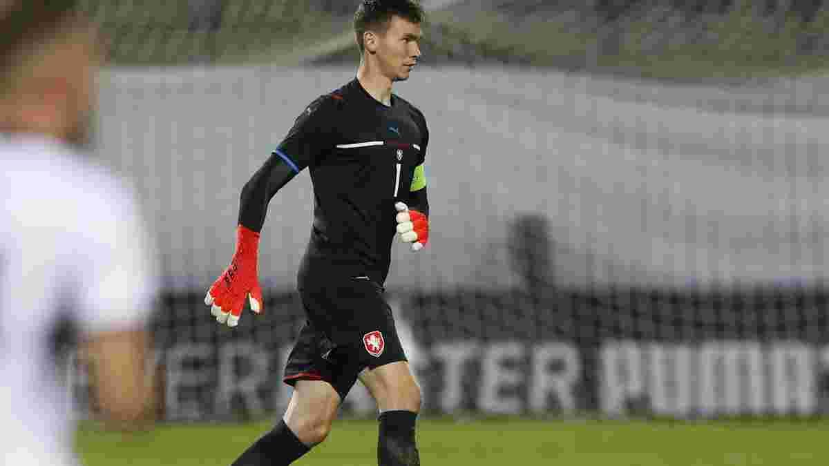 Чехия довызвала голкипера Манчестер Юнайтед на матч с Украиной