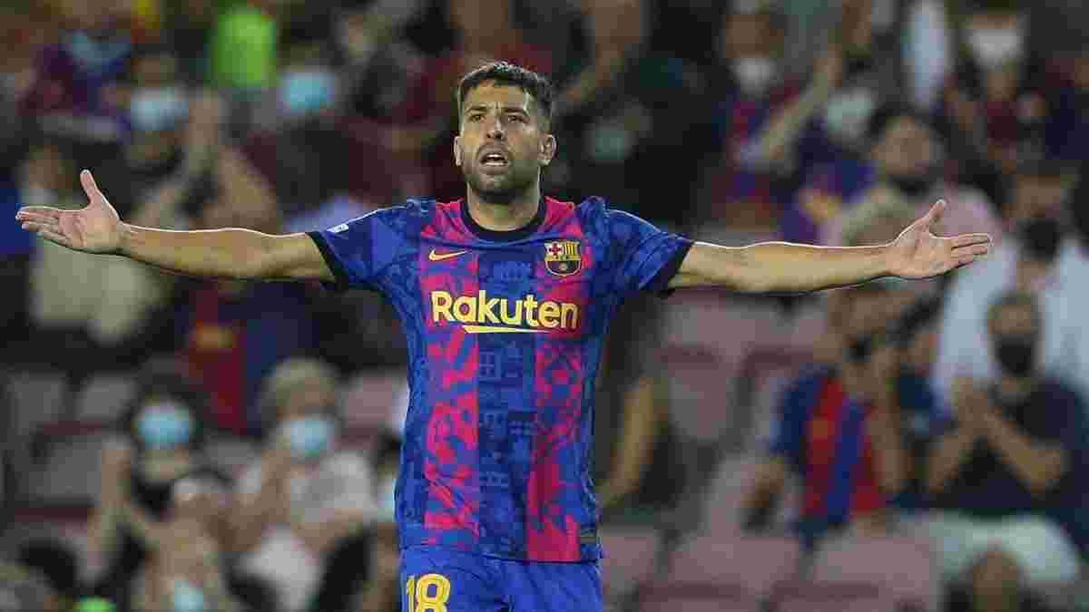 Барселона – Баварія: Альба травмувався під час матчу ЛЧ – Куман знав про жахливий стан свого підопічного напередодні