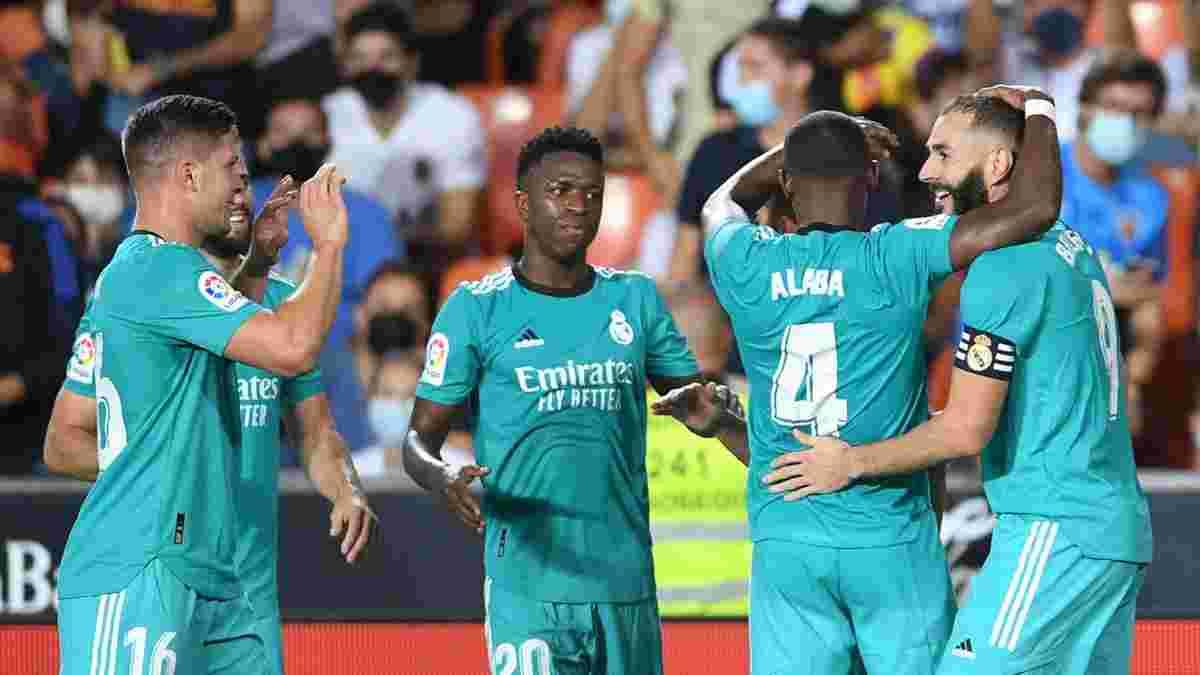 Бензема и Винисиус вывели Реал на первое место – видеообзор матча против Валенсии – 2:1