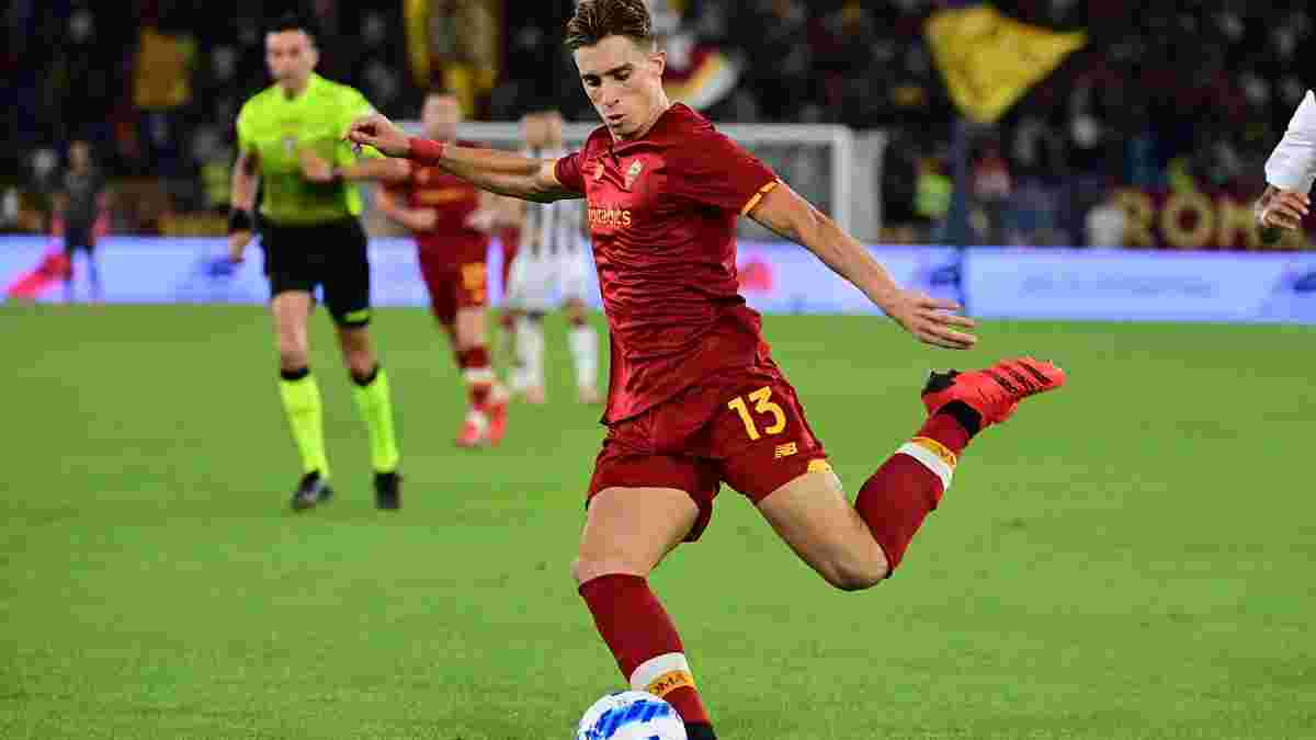 Наполи без проблем уничтожил Сампдорию и возглавил турнирную таблицу Серии А, Рома минимально одолела Удинезе