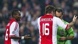 """Нідерландські ЗМІ:  Суддя матчу """"Аякс"""" - """"Реал"""" - сором для всього спорту. ВІДЕО"""