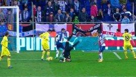 """Воротар """"Вільяреала"""" отримав моторошну травму в матчі з каталонцями. ВІДЕО"""