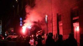 """Декілька десятків уболівальників мінського """"Динамо"""" затримали у Флоренції. ВІДЕО"""