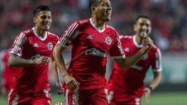 Аранго забил еще один невероятный гол со штрафного (ВИДЕО)