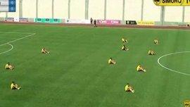 Гравці азербайджанського клубу страйкують під час матчу (ВІДЕО)