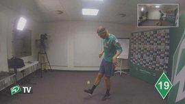 """Гравець """"Вердера"""" жонглює тенісним м'ячем (ВІДЕО)"""