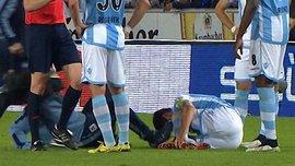Врач врезался в травмированного игрока в Германии (ВИДЕО)