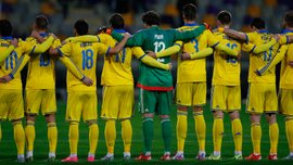 Як гравці збірної України прибувають на збори. Відео