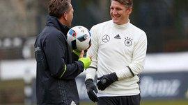 Швайнштайгер отримав травму на тренуванні збірної Німеччини, Озіл і Беларабі були відсутніми
