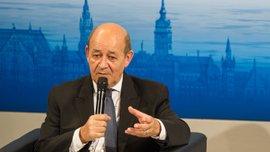 Франція докладе всіх необхідних зусиль, щоб Євро-2016 відбулося в найкращих умовах, - міністр оборони Франції