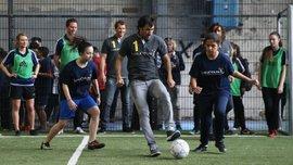 Как  легенды футбола веселились на церемонии вручения наград Laureus. Фоторепортаж