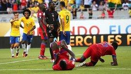 Бразилія розбомбила Гаїті з хет-триком Коутінью, Еквадор врятувався від Перу