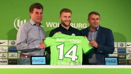 """""""Вольфсбург"""" официально представил Блащиковски"""