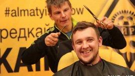 Аршавін налисо поголив журналіста, який програв парі