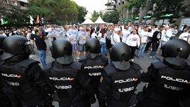 """Ультрас """"Легии"""" жестоко подрались с полицией Мадрида – появилось видео"""