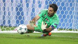 Буффон отбил пенальти в Лиге чемпионов впервые за 13 лет