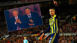 Ван Перси за гол в ворота МЮ получил овации – аплодировал даже Фергюсон