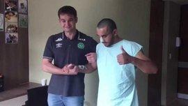 """Захисник """"Шапекоенсе"""", який вижив у авіакатастрофі, зробив перші кроки і розповів про відновлення"""