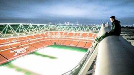 """Руфери забралися на дах стадіону """"Емірейтс"""" та поділилися шикарною нічною панорамою"""