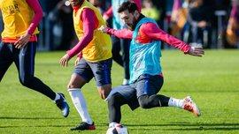 Мессі забив класний гол, знущально пробивши між ногами воротарю й оборонцю