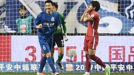 Пато стал жертвой насмешек со стороны китайского игрока, не забив пенальти
