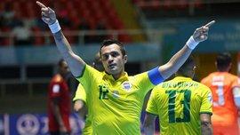 Король футзала Фалькао забил несколько потрясающих голов в благотворительном матче