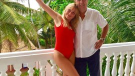 Коньков встречается с эффектной блондинкой, которая моложе его на 40 лет