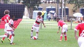 12-летний Лусианинью из Бразилии поразил сеть ударом как у Роналду и техникой Месси