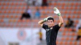 Голкипер сборной Сирии Алма эффектно ввел мяч в игру волейбольной ударом