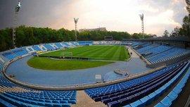 На стадіоні Динамо почали встановлювати нові сидіння